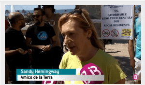 Sandy Hemingway, Amics de la Terra